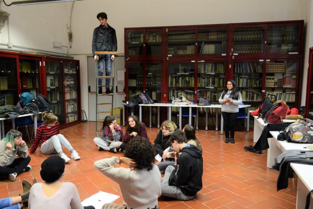 corso-di-teatro-liceo-petrocchi-7