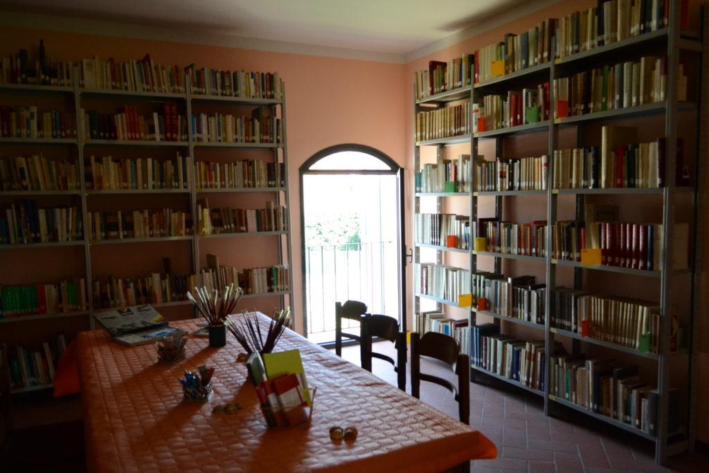biblioteca Sbarra