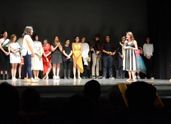 In scena lo spettacolo scritto dai ragazzi del laboratorio di teatro del Petrocchi