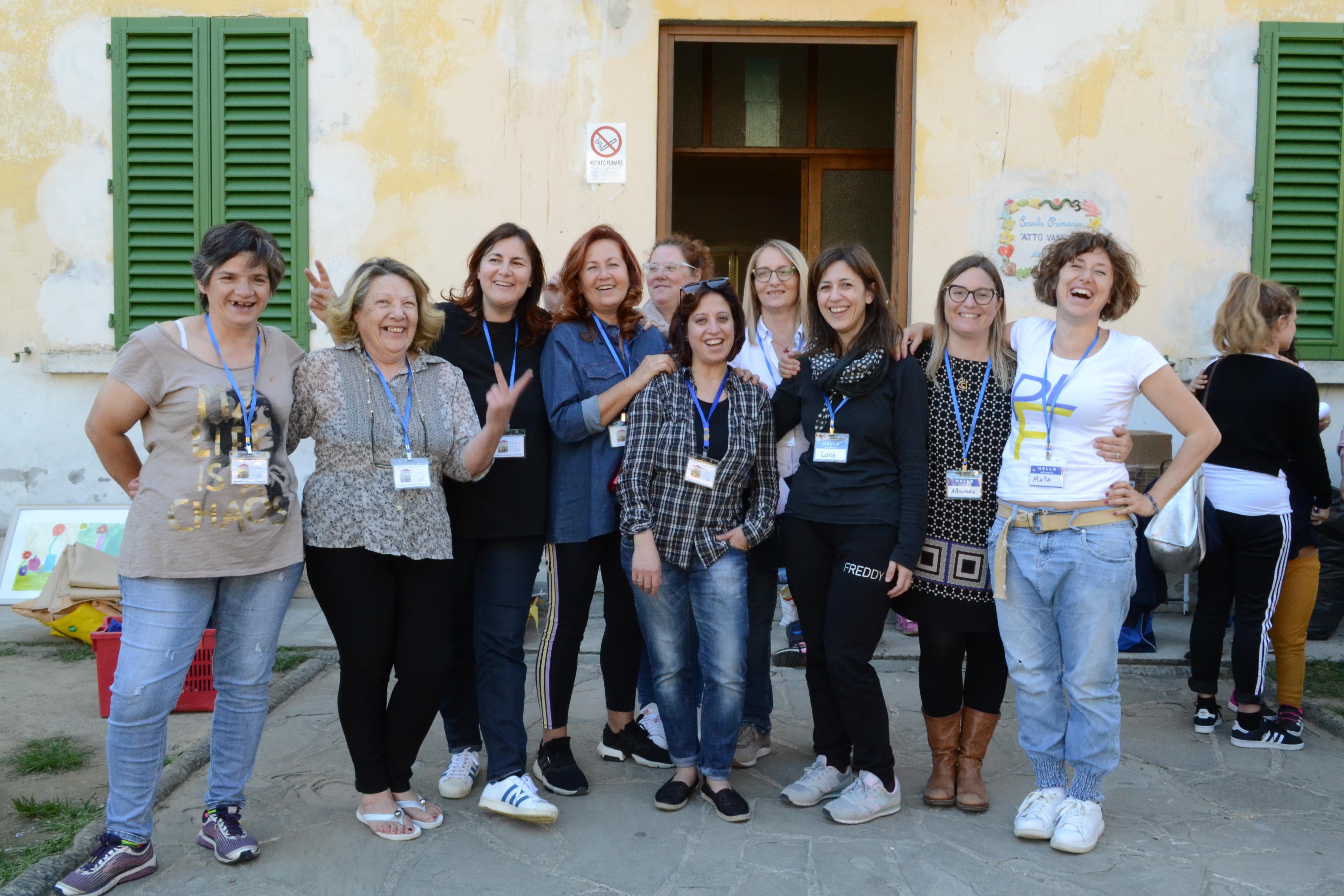 le volontarie della scuola aperta Fognano 42
